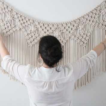 Macrame Wall Hanging, Wallbanner, Nursery decor, Backdrop Wedding, home decor - model BELLA