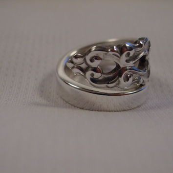 A Beautiful Wrapped Spoon Ring Size 9 1/4 King Frederik Pattern Antique Silver Spoon Jewelry t334