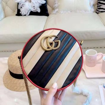 GUCCI 2019 new retro wind twill quilted small round bag shoulder slung chain bag