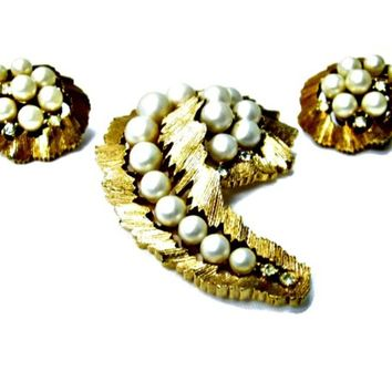 Pearl and Rhinestone Large Brooch and Earrings Set Signed Trifari Swirls of Brushed Gold Tone