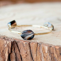 UNTURNED STONE BRACELET IN ONYX