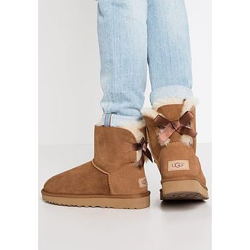 UGG Women's Mini Bailey Bow II Boots - Love Q333