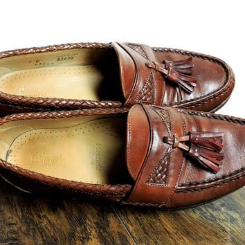 Vintage Allen Edmonds loafers / size Mens 7E  Womens 9.5 / EU 40 / brown leather tassel loafers / Allen Edmonds Maxfield hand crafted in USA