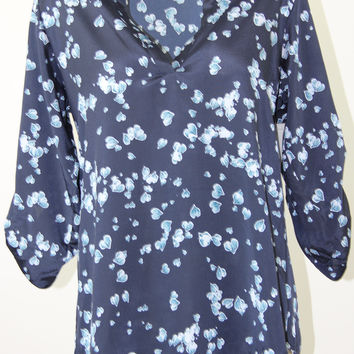 MAISON JULES PRINTED ROLL-TAB-SLEEVE TOP NAVY STONE COMBO L