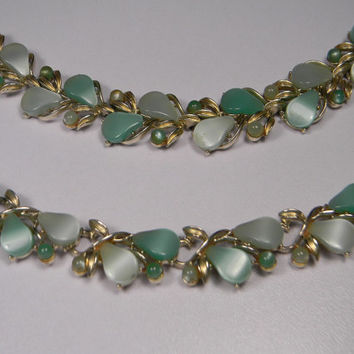Coro Pegasus, Thermoset Necklace, Bracelet Set, Vintage, Green , Silver Tone