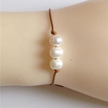 Brown leather bracelets 10mm cultured freshwater pearl bracelet real ivory pearl bangles women pulseras three pearls hand chain