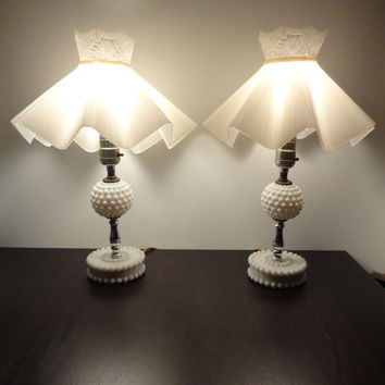 Vintage White Milk Glass Hobnail Shabby Chic Style Table/Dresser/Vanity  Lamps With Plastic