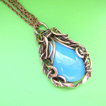Copper Wire Wrapped pendant, chalcedony, FREE SHIPPING