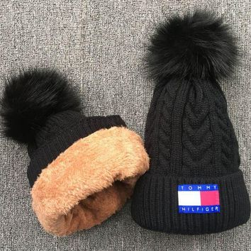 DCCK Tommy Knit And Pom Hat Cap