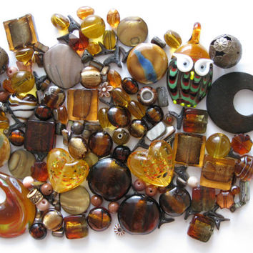 Over 135 Pcs. Assorted Brown Beads Pendants Lampwork Glass Acrylic Shell Ceramic Jewelry Making Crafts Lentil Square Round