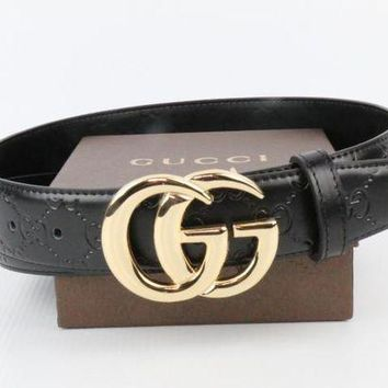* GUCCI * Black Studded Leather Gold GG Buckle Belt Men With Women B
