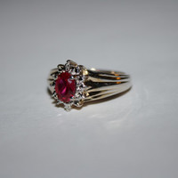 Size 7 Heirloom Ruby-Like Stone Ring Vintage Sterling Silver Ring Free US Shipping