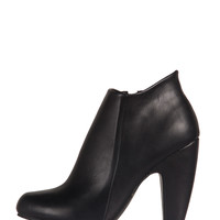Round Toe Ankle Heel Booties - 9