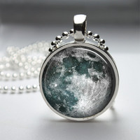 Round Glass Bezel Photo Art Pendant Moon Pendant Moon Necklace With Silver Ball Chain (A3634)