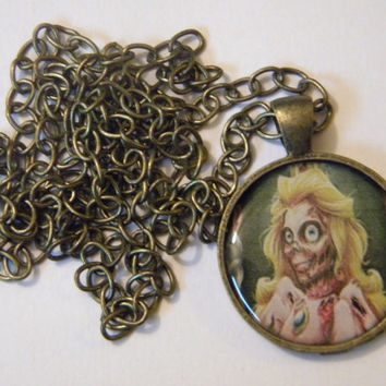 Zombie Princess Peach necklace