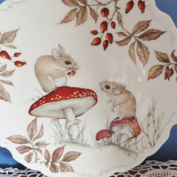 Royal Albert 1987 Country walk collection. Autumn Playtime