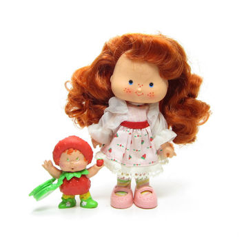 Berrykin Strawberry Shortcake Doll Vintage Set Strawberrykin Critter with Scented Perfume - RARE