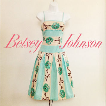 vintage Betsey Johnson dress / blue floral dress / vintage sundress / festival fashion / made in USA