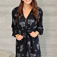 * Lesley V Neck Print Dress : Black