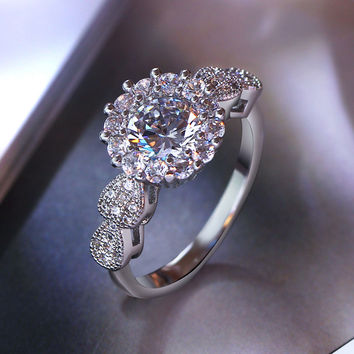 Elegant Crystal ring Romantic Gift Engagement wedding rings with AAA Cubic zirconia Jewelry White and gold color ring for women