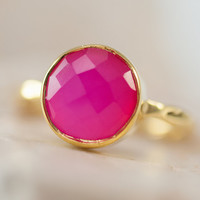 Fuschia Pink Chalcedony Ring - Fuchia Pink - Gemstone Ring - Gold Ring - Bezel Set Ring - Mother's Day Gift