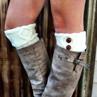 IVORY Boot Cuffs with Buttons Short Cable-Knit Leg Warmers with Vintage Buttons