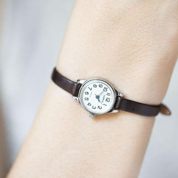 Micro watch for women quartz, vintage lady's watch Seagull, petite wristwatch gift, silver shade watch small, genuine leather strap new