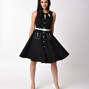 Voodoo Vixen 1950s Style Black Sleeveless Keyhole Flare Dress