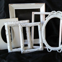 Set of White Vintage Frames//Distressed//Country Chic//Cottage Chic//Shabby Chic Open//Empty Frame Set