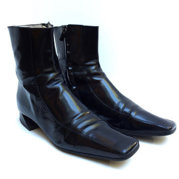 FENDI!!! Vintage 1990s 'Fendi' black gloss leather zip up ankle boots with square toe and angled block heel / Size 38 1/2 / Made in Italy