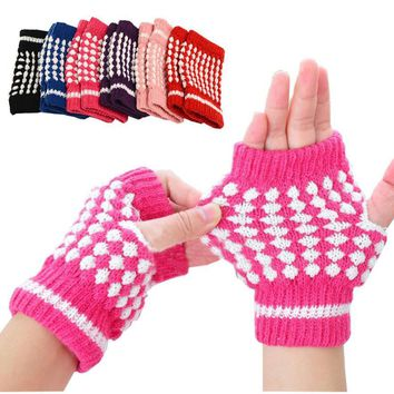 New Girls Knitting Warm Mittens Pineapple Pattern Half Fingerless Travel Hiking Gloves