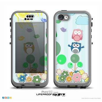 The Colorful Emotional Cartoon Owls in the Trees Skin for the iPhone 5c nüüd LifeProof Case