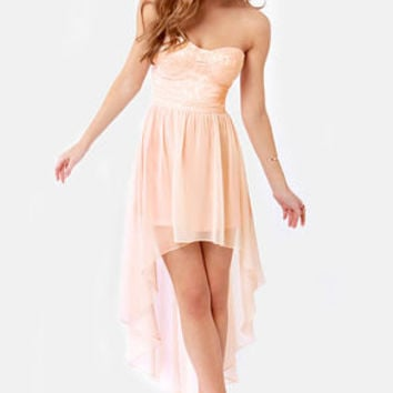 Keep a High-Low Profile Strapless Peach Dress