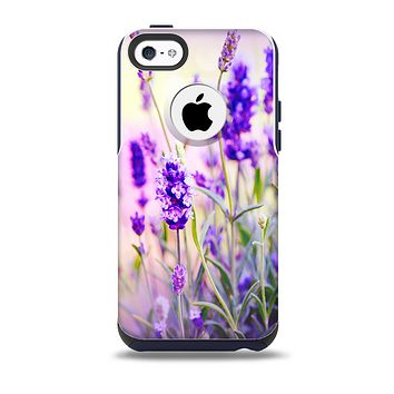 The Lavender Flower Bed Skin for the iPhone 5c OtterBox Commuter Case