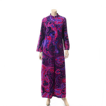 Vintage 70s Mod Purple Paisley Lounger Robe 1970s Floral Lounge Dress Rockabilly MCM Atomic Space Age Loungewear Caftan Bathrobe