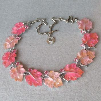 Lisner Glowing Pink & Peach Thermoset Lucite Oak Leaf Vintage Necklace
