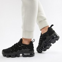 Nike Triple Black Air Vapormax Plus Trainers at asos.com