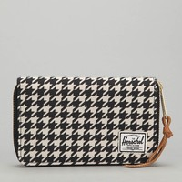 Herschel Supply Co. Thomas Houndstooth Wallet - Urban Outfitters