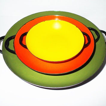 Enamel  wear saute pans serving set of 3, Mid Century retro colors avocado, yellow, orange