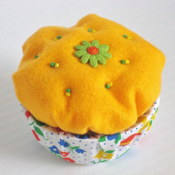 Felt Decorated Orange Cupcake Trinket Box by NodinsNest on Etsy