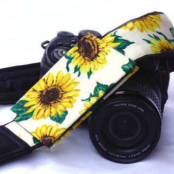 Sunflowers Camera Strap with Lens Pocket.  SLR, DSLR Camera Strap for Canon Nikon, Sony, Panasonic and others. Camera Accessories. Gift
