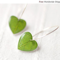 Green leaf earrings - Nature I heart - Heart earrings - christmasinjuly CIJ (E066)