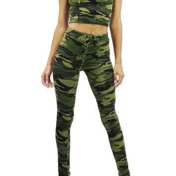 Camo Stripe Trim Short Sleeve Hoodie Crop Top and Elastic Band Pants Set