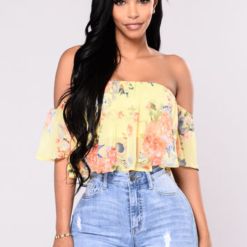Bollvar Floral Off Shoulder Top - Yellow