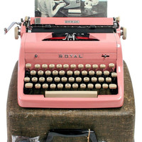 1956 Pink Royal Quiet De Luxe Typewriter / Original Manual, Case and Key / New Ribbon / Working Typewriter / Excellent Condition