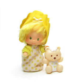 Butter Cookie Doll with Pet Jelly Bear Vintage Strawberry Shortcake Baby Friend Toy