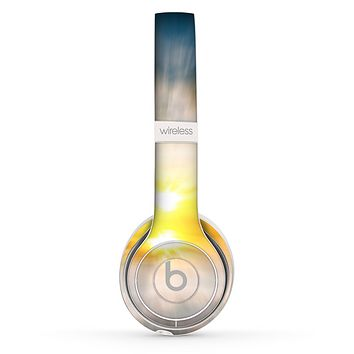 The Bright Blurred Sunset Skin Set for the Beats by Dre Solo 2 Wireless Headphones