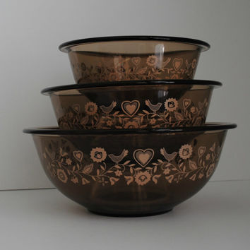 PYREX Festive Harvest Set of 3 Smokey Brown Vintage Mixing Bowls - (#500.40)
