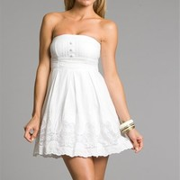 White Cotton Dresses With Buttons