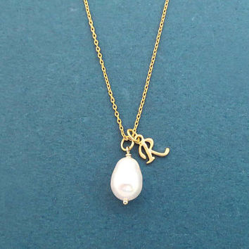 Personalized, Letter, Initial, Pear, White, Pearl, Gold, Silver, Necklace, Birthday, Best friends, Lovers, Gift, Jewelry